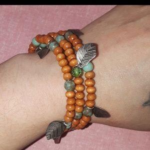 Leaf wrap bracelet